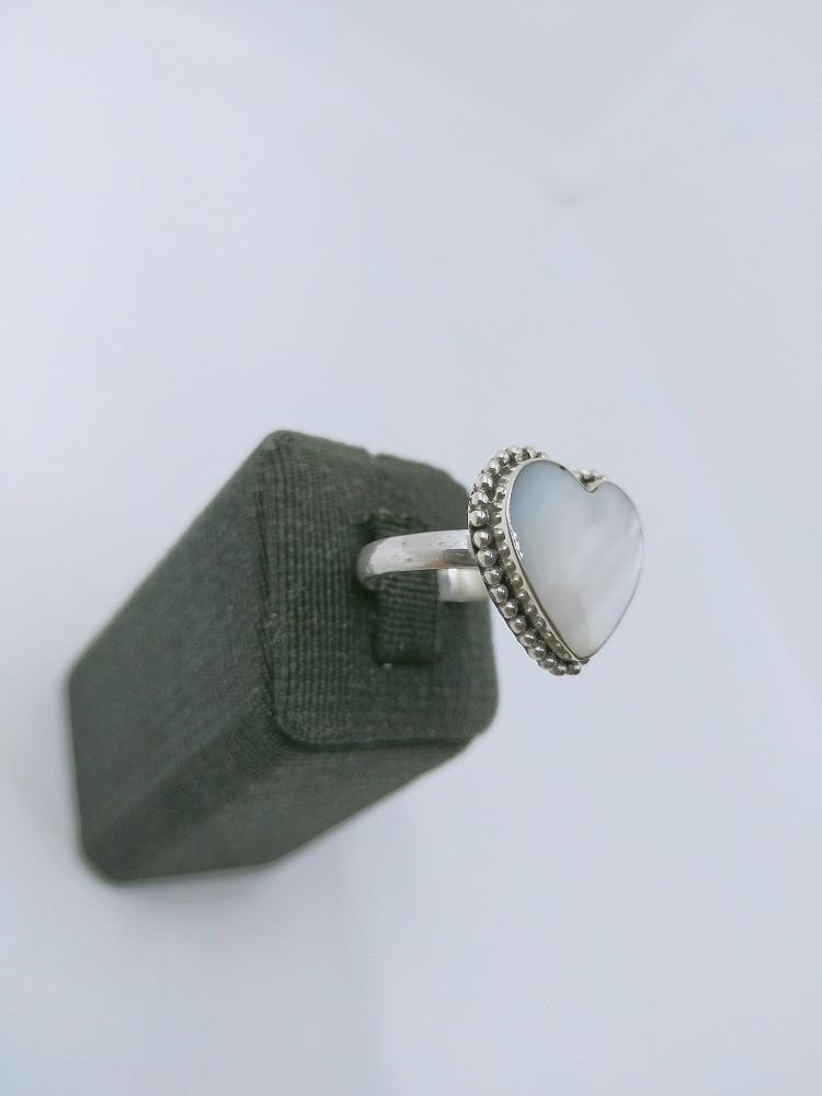 خاتم فضة ٩٢٥ بحجر من الصدف