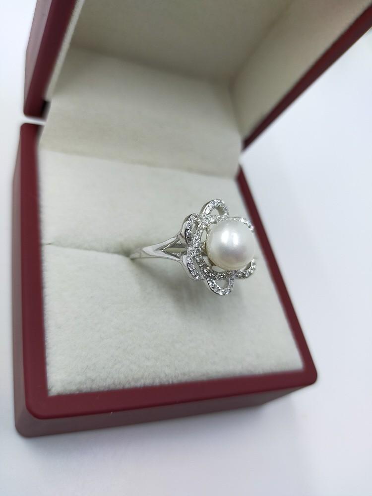 خاتم من الفضة