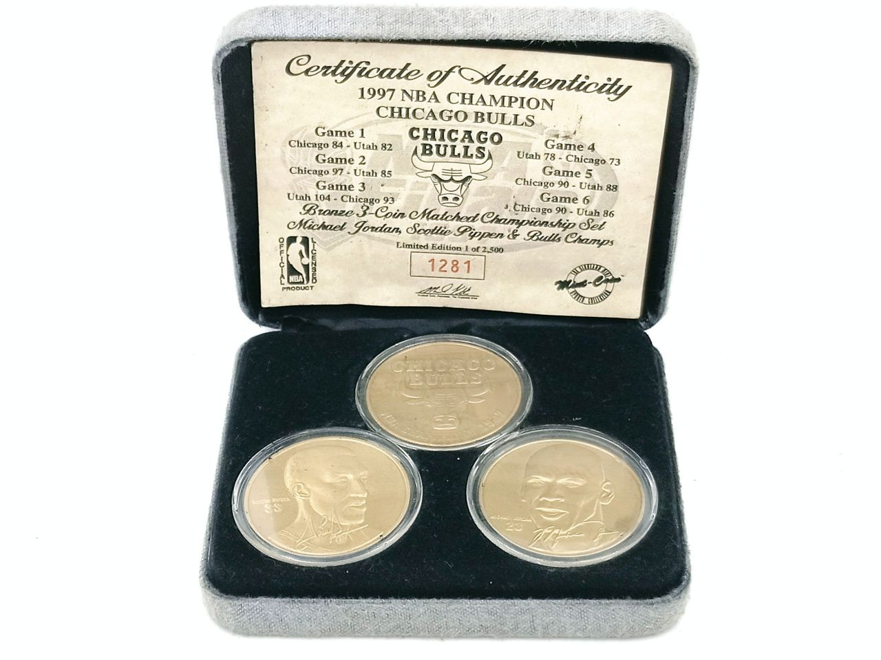 3 coins Certificate of Authenticity 1997 NBA Champion- chicago bulls